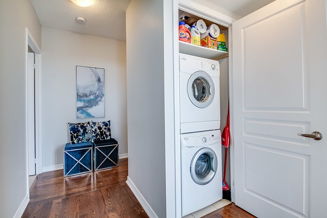 Home Staging laundry room